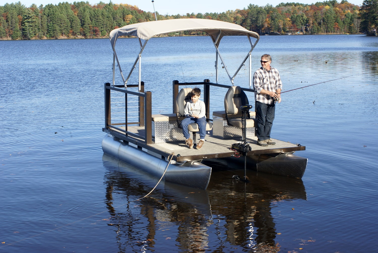 Lake Lounger 13 ft Fishing Pontoon.jpg