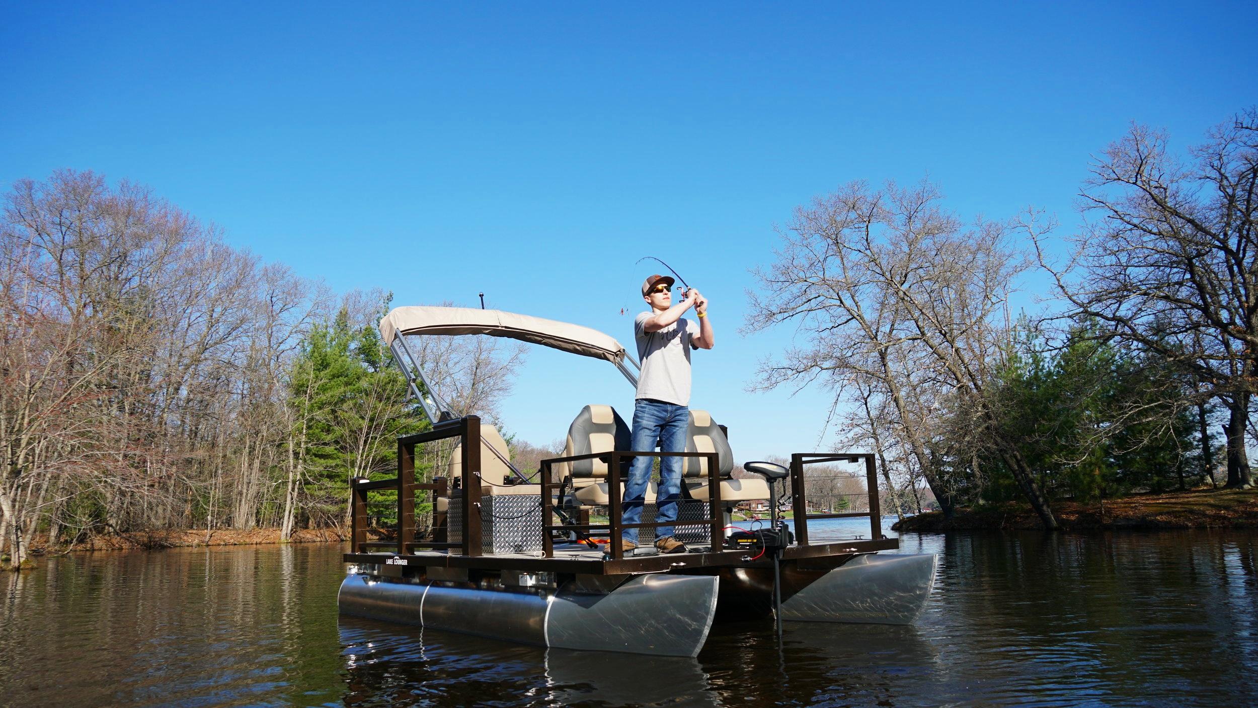 13 ft Fishing Pontoon Four Seats 2.JPG