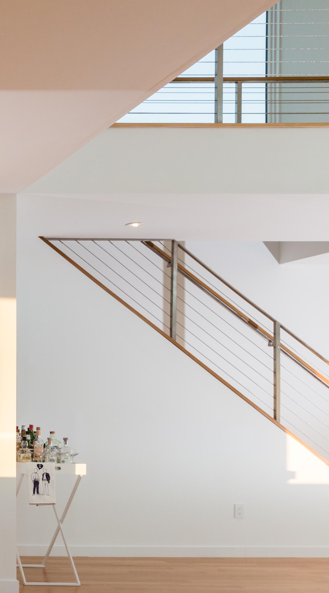 turkel_modern_design_prefab_home_writers_retreat_stairway.jpg