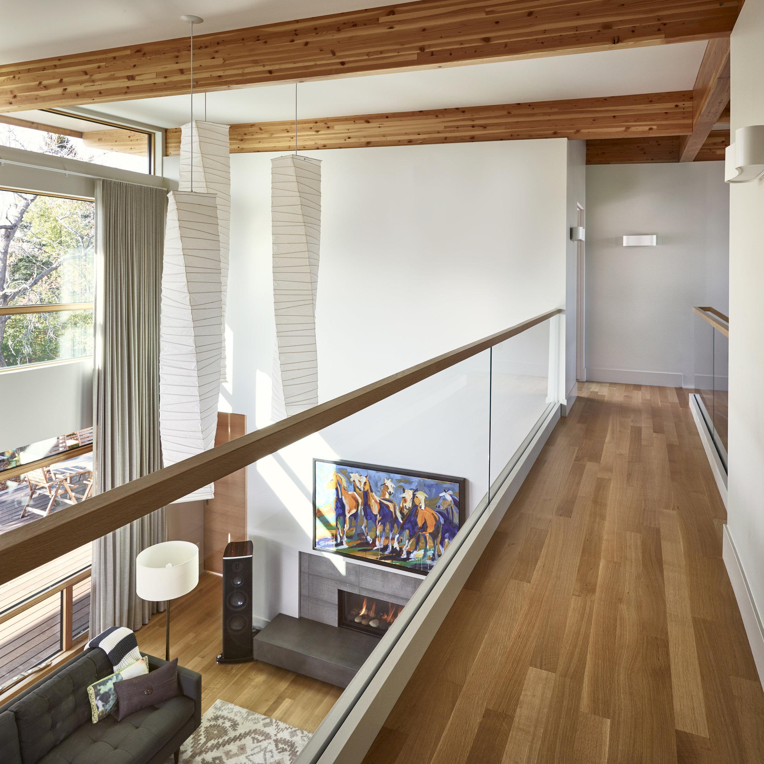 turkel_modern_design_prefab_home_mckay_calgary_walkway.jpg