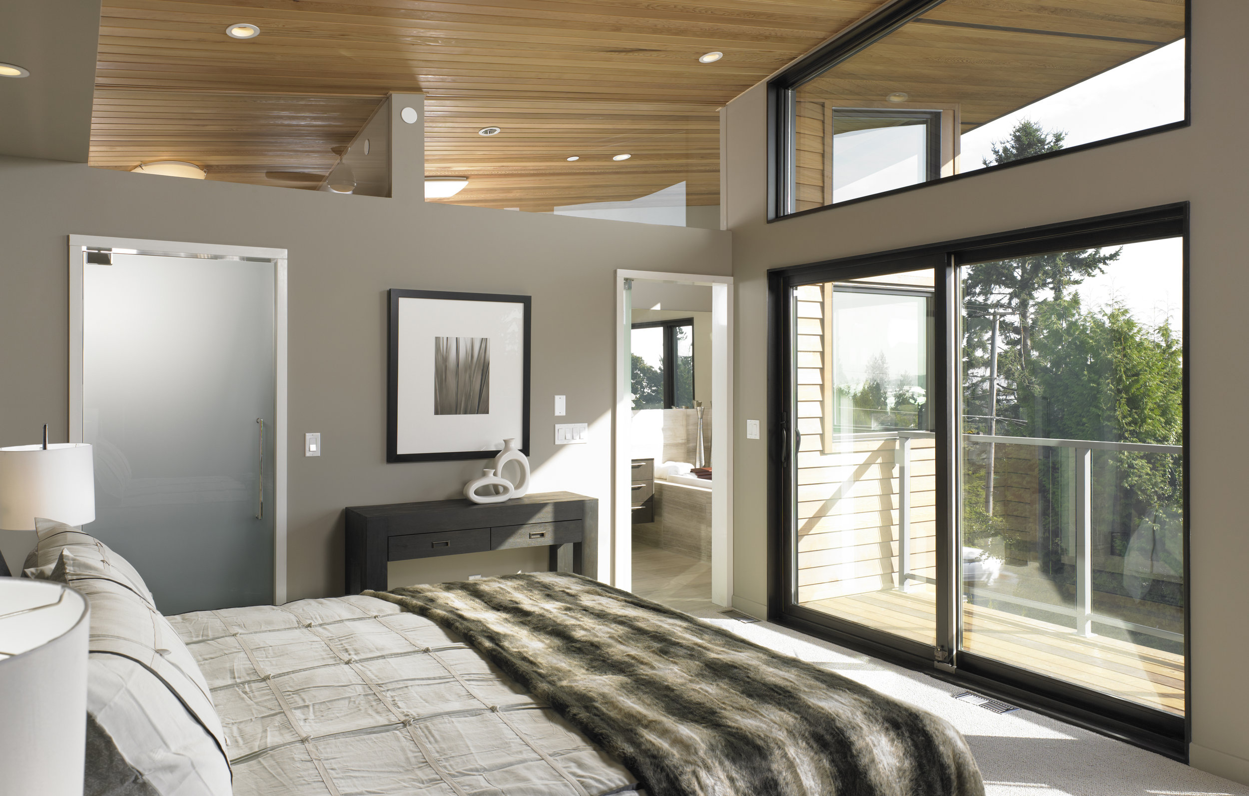 turkel_modern_design_prefab_home_west_vancouver_bedroom.jpg
