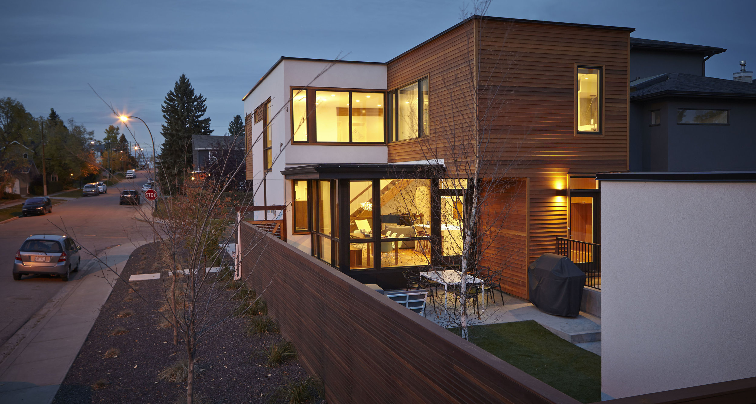 turkel_modern_design_prefab_home_bankview_house_calgary_exterior.jpg