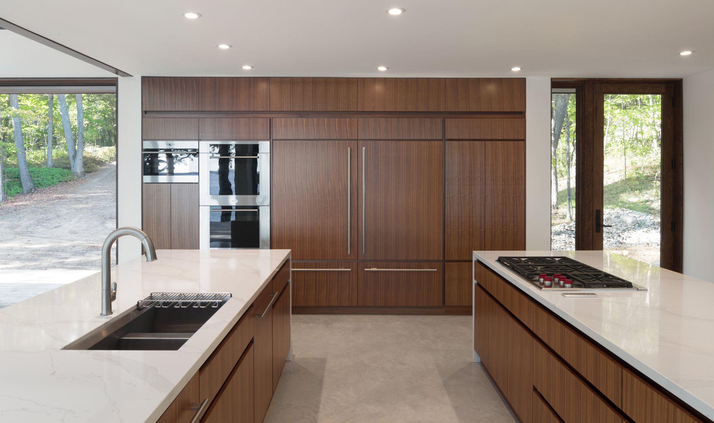 turkel_design_modern_prefab_home_kitchen_cabinetry_storage_wall.jpg