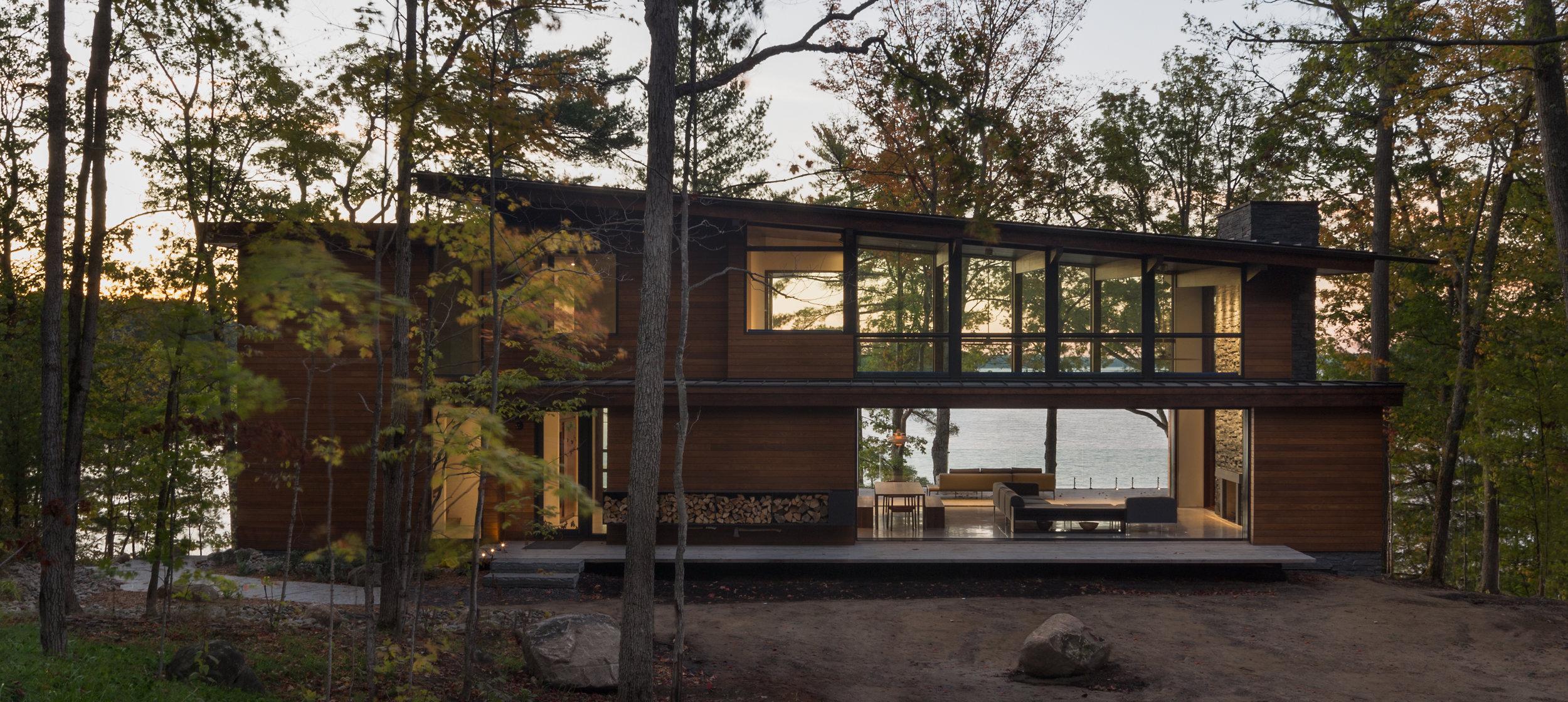 turkel_design_modern_prefab_home_muskoka_cottage_exterior.jpg