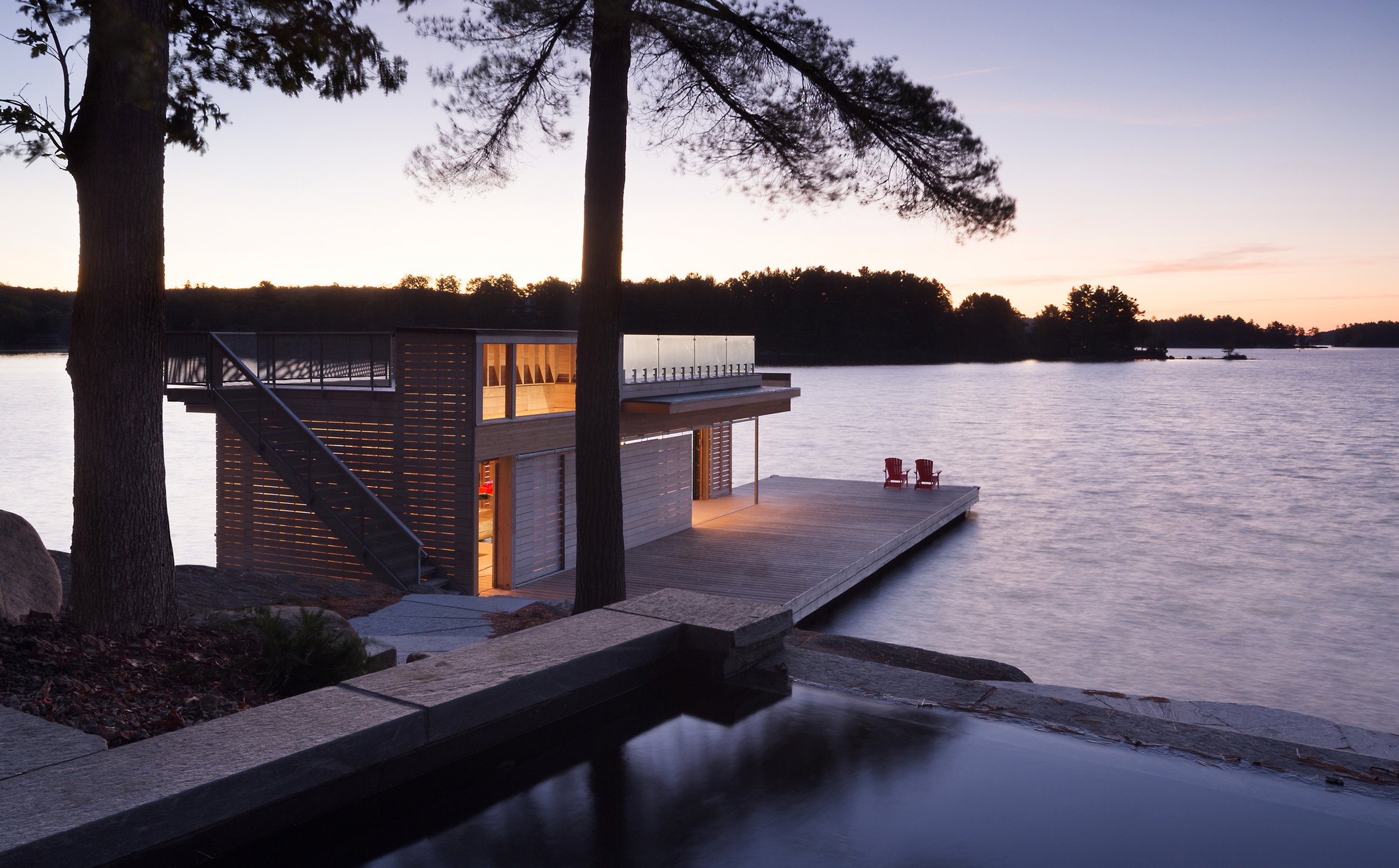 turkel_design_modern_prefab_home_muskoka_boathouse_night.jpg