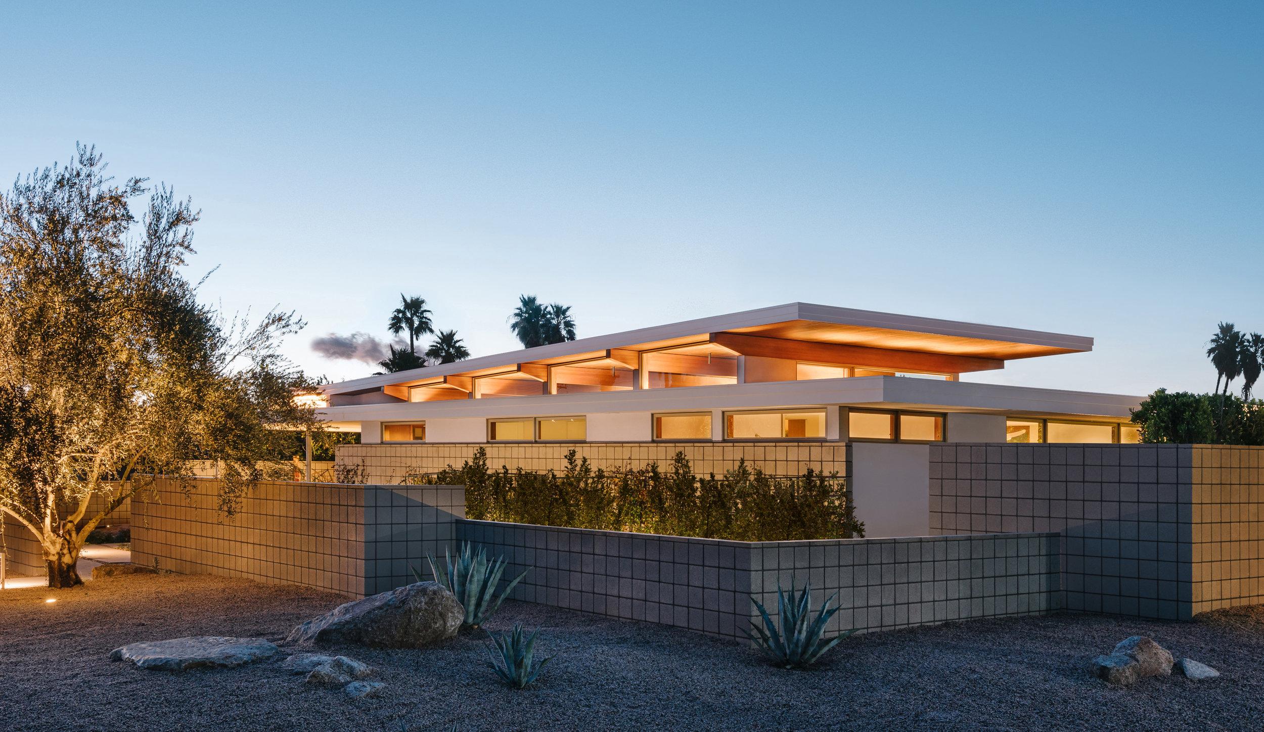 Axiom Desert House — Turkel Design on desert small homes, desert modern homes, desert dome homes, desert pool homes, desert sustainable homes,