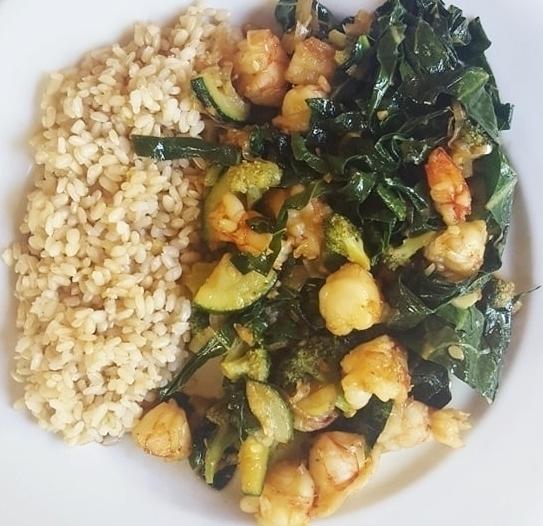easy honey garlic shrimp stir fry dinner recipe