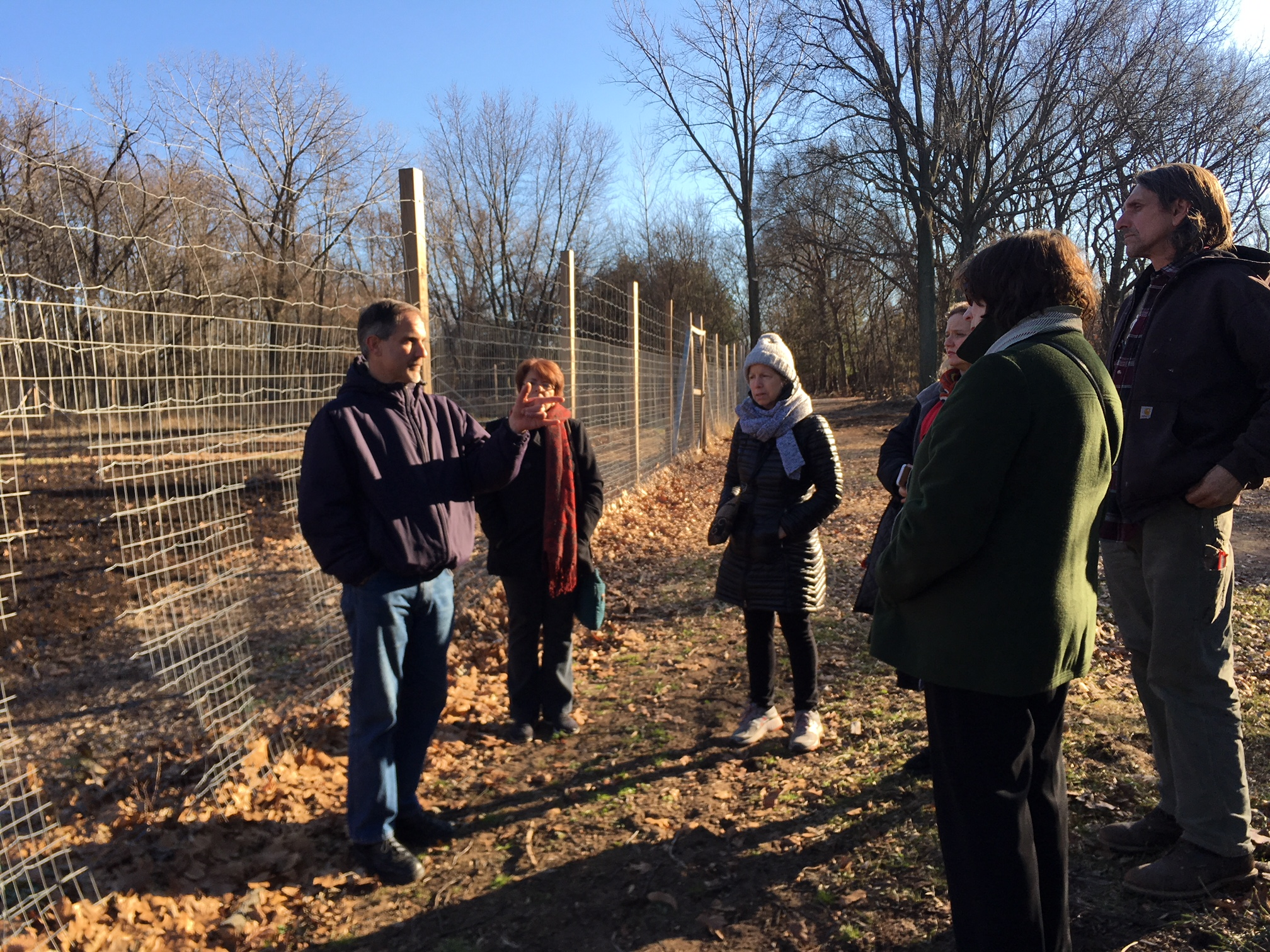 Conference House Park Director John Kilcullen talks about the history of Gericke Farm with our visiting group.