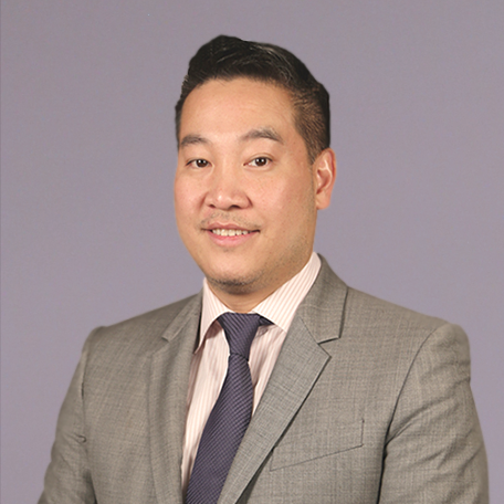 "RICHARD CHANG - DIRECTOR OF INVESTMENT SALES    OFFICE  :  212-941-9680 |  MOBILE:  917-921-1288   EMAIL :  rich@longinesny.com   Growing up, Richard observed his father dabbling in real estate and with a glimpse of how life can be, he chose the path of a commercial real estate salesperson to secure a future for his family. His relationship with clients are never forced as he believes they are best established organically. In his own words, ""Things happen for a reason. Either the stars align, or they don't. And if they do, we have spontaneity."""