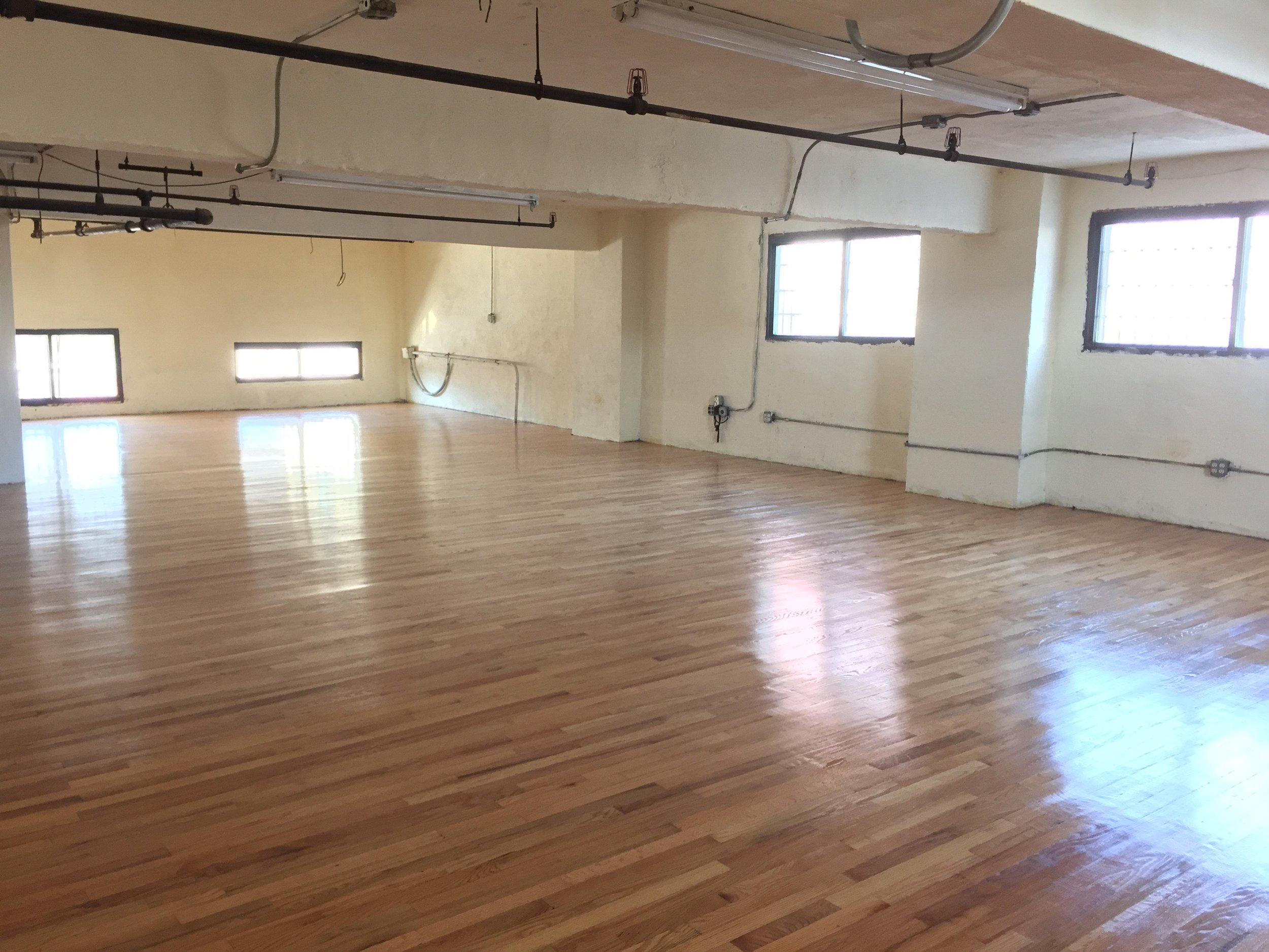 Longines Realty, Inc. - Commercial Real Estate Lease Listing - 131-29 Sanford Ave NYC