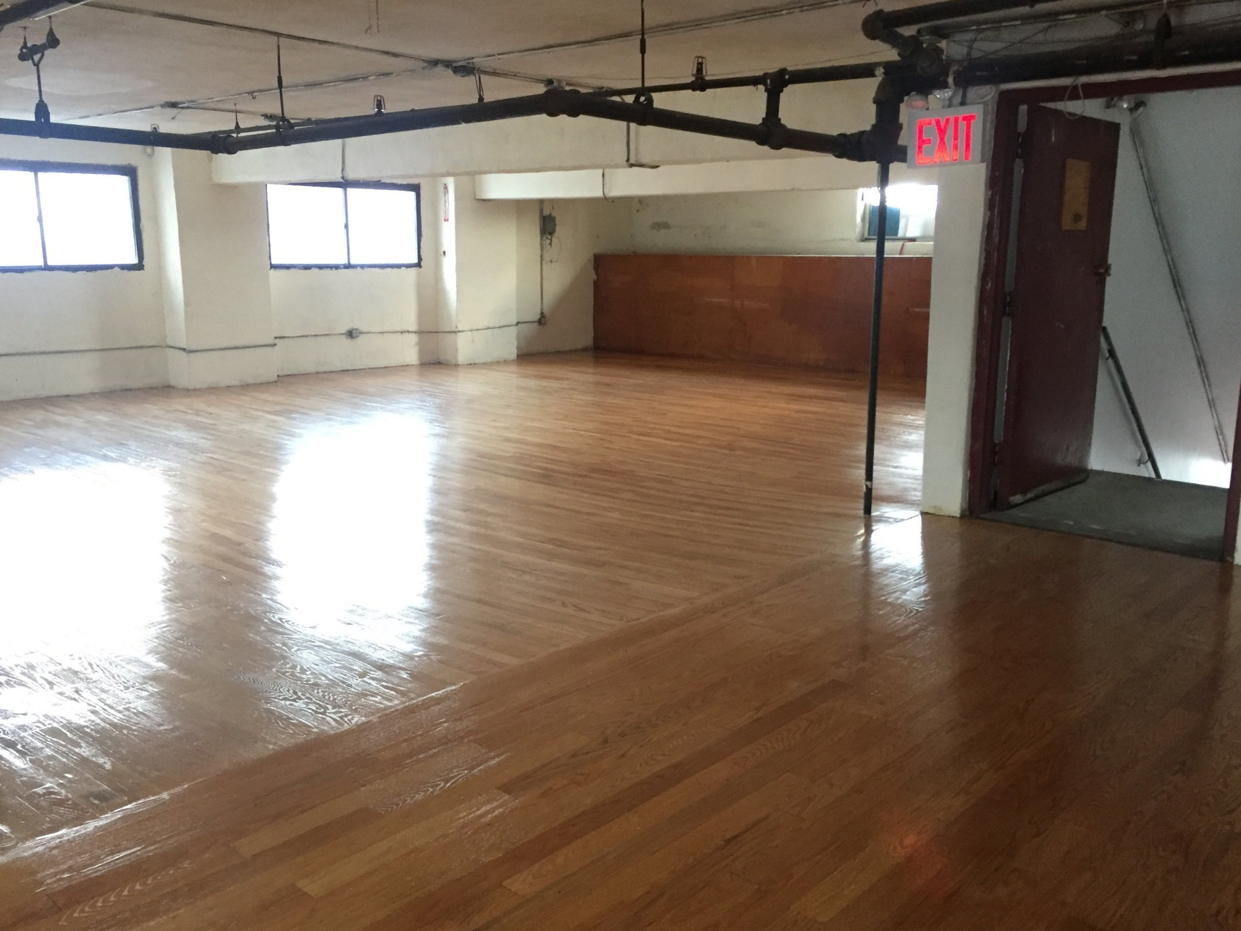 Longines Realty, Inc. - Commercial Real Estate Lease Listing ; 131-29 Sanford Ave NYC