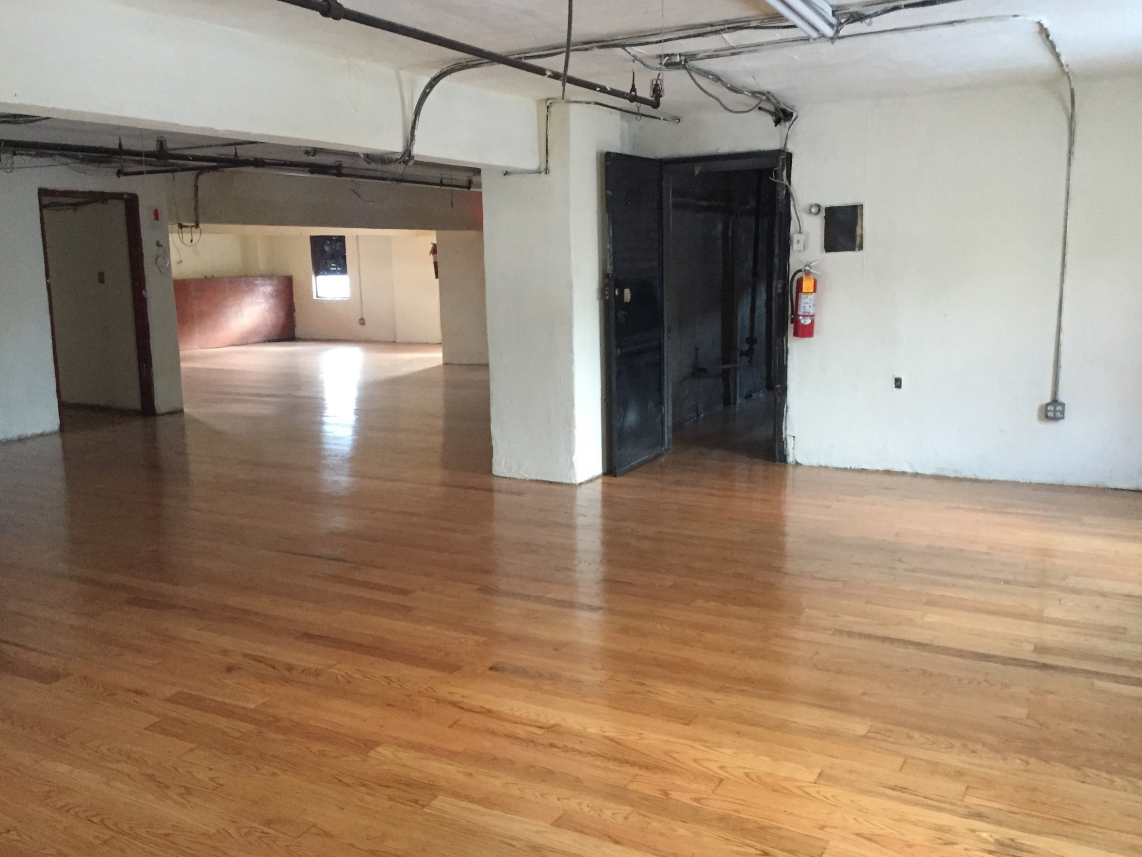 Longines Realty, Inc. - Commercial Real Estate Leasing Listing: 131-29 Sanford Ave NYC