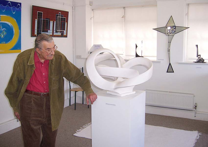 The Last Exhibition - Gordon Allen and his final completed sculpture