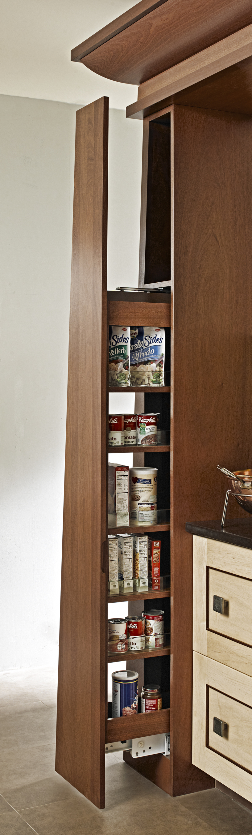 pullout-pantry.jpg