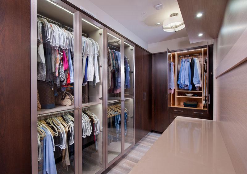 kitchen_bath_concepts_Master Closet_ 10640.jpg