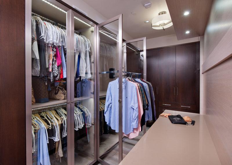 kitchen_bath_concepts_Master closet_10638.jpg