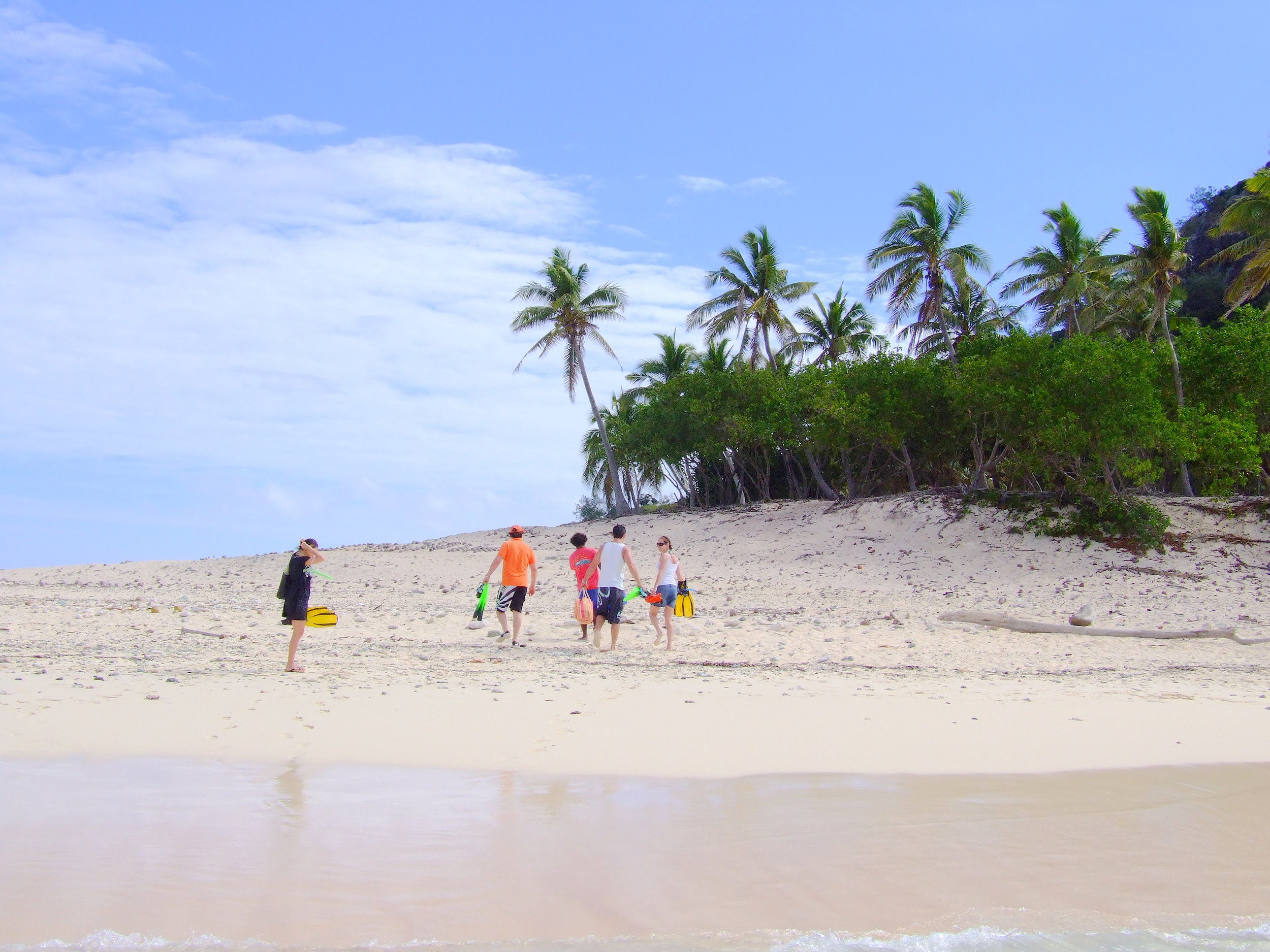 guests on monuriki beach.JPG