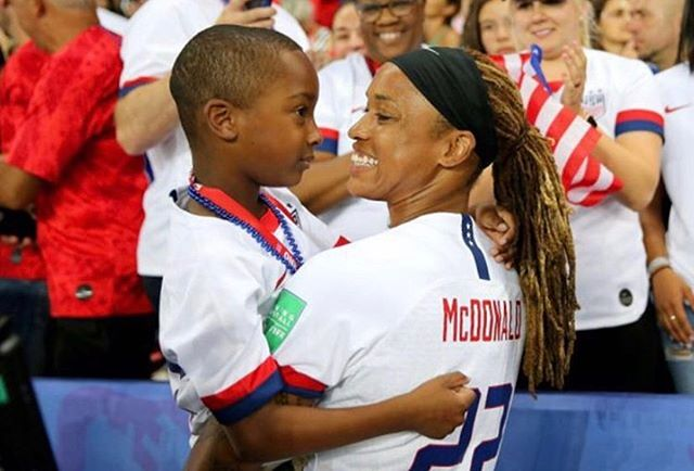 "Happy Monday, Mamas! We are up bright and early to share today's #momcrushmonday because we are still celebrating the @uswnt #womensworldcup WIN!!! 🏆Naturally, our mom crush today is @jmac1422 - the ONLY mama on the US Women's Soccer team. @usatoday said, ""Her fellow teammates have been in awe of how McDonald manages to raise a son and compete at such a high level."" Yeah, same. Way to go, Mama!!!! 👏🏽💪🏽🎉 📸: @jmac1422"