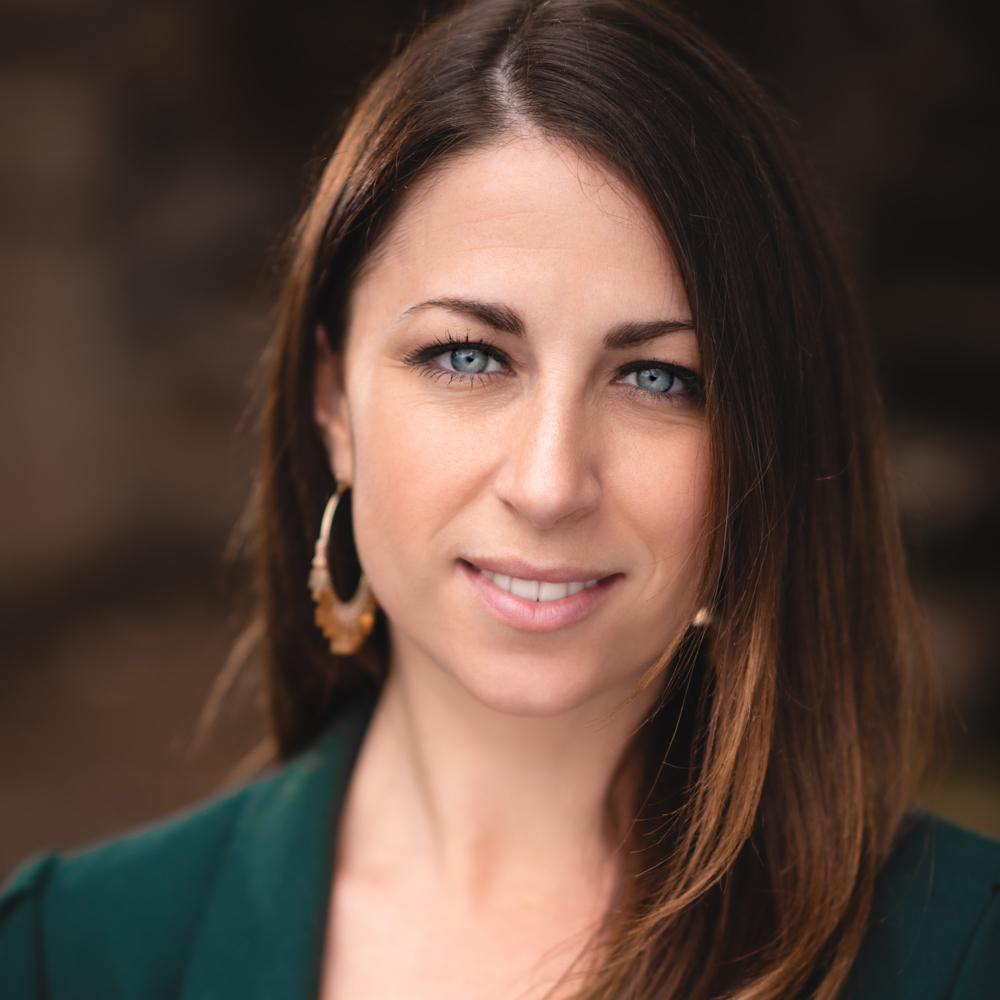 Lauren Beth |  Events & Operations
