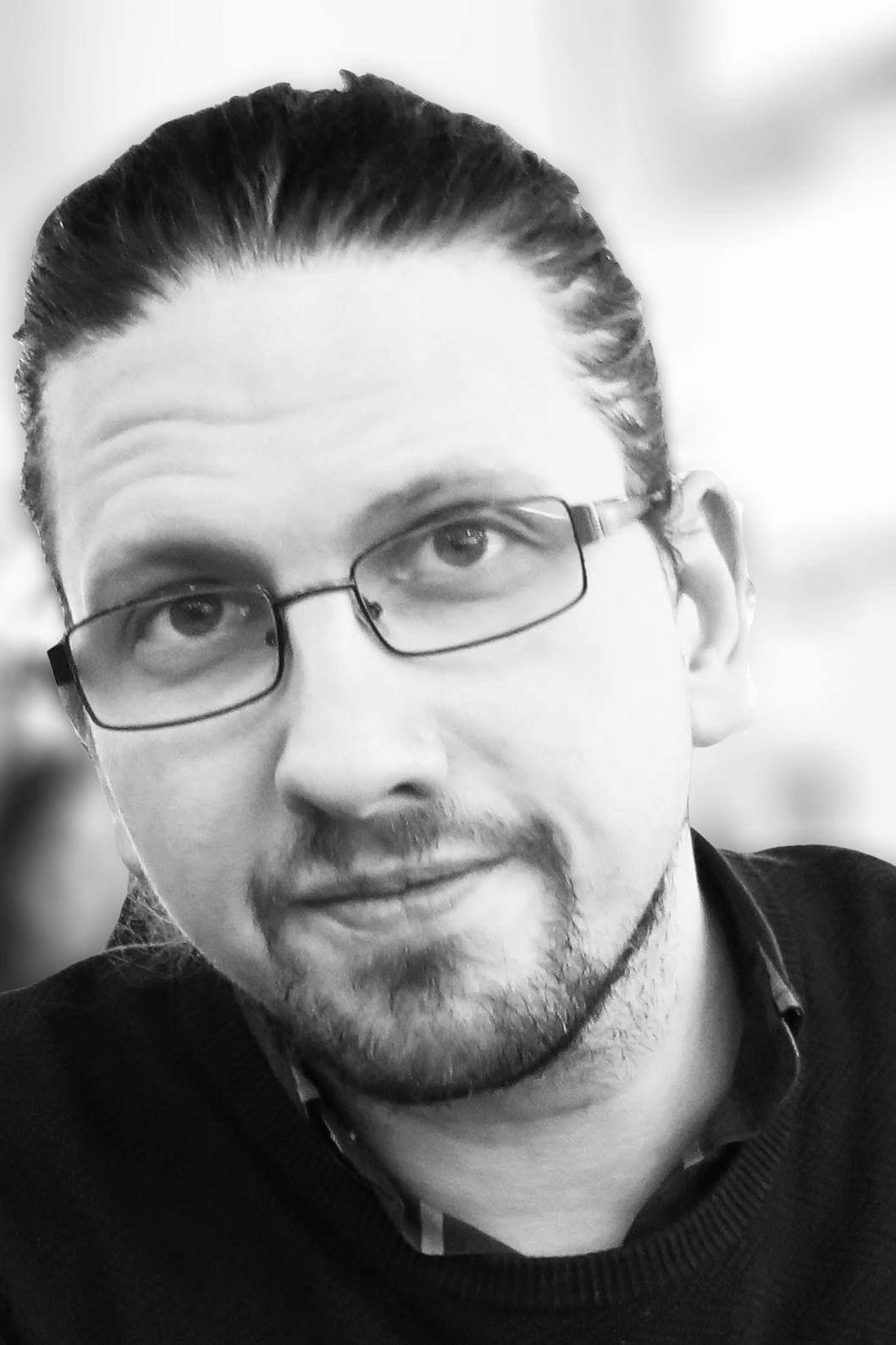 """""""I Kina finns det idag så kallade """"social credits"""" där medborgarna får poäng efter deras levnadsvanor och där möjligheten att ta ett banklån eller gå i en fin skola då bygger på att medborgaren har ett visst antal poäng."""" - Adam Palmquist, föreläsare inom spelifiering och doktorand inom IT"""