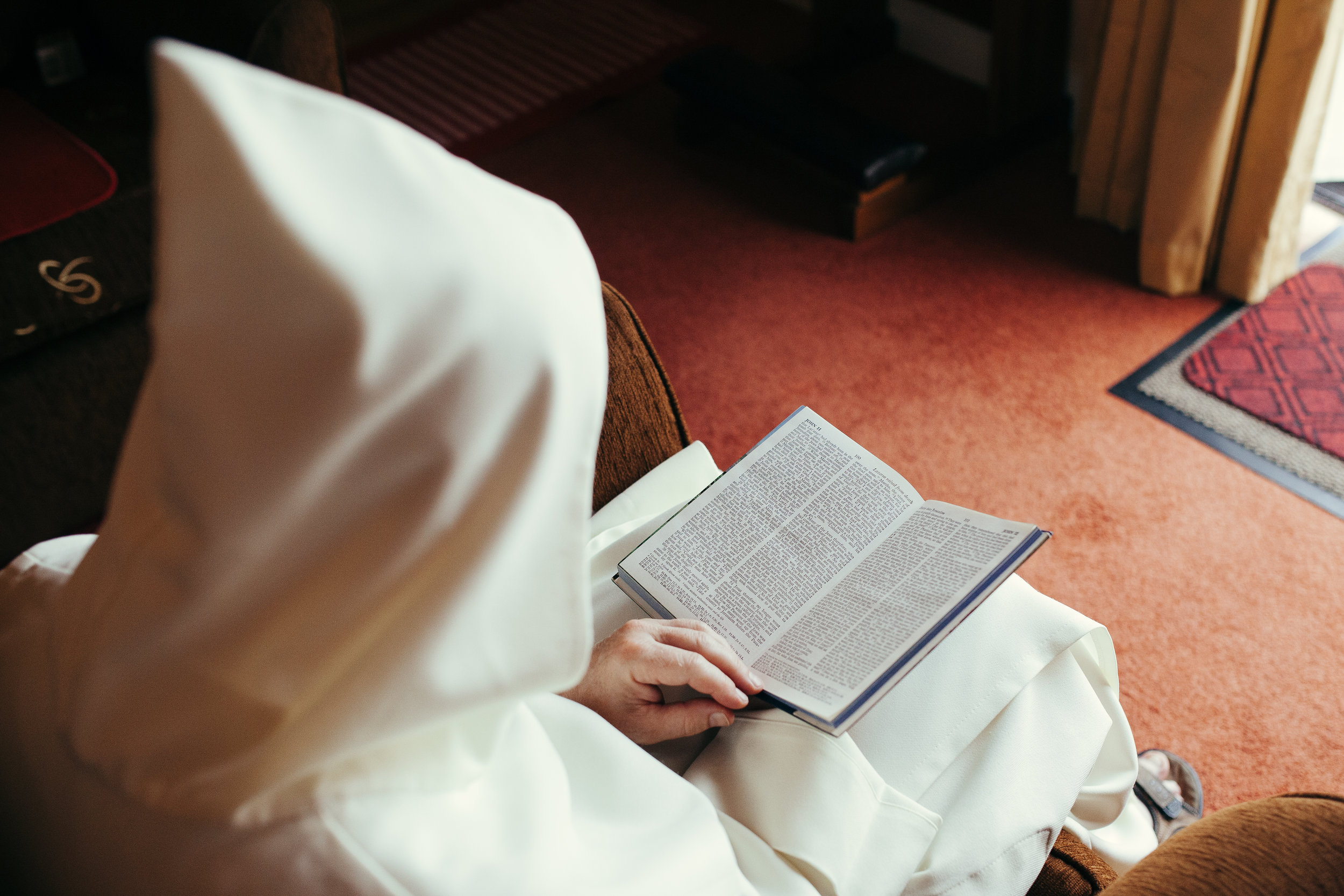 Lazarus Rise - Fr.David reads aloud the story of Lazarus raised from the dead found in the Gospel of John chapter 11.