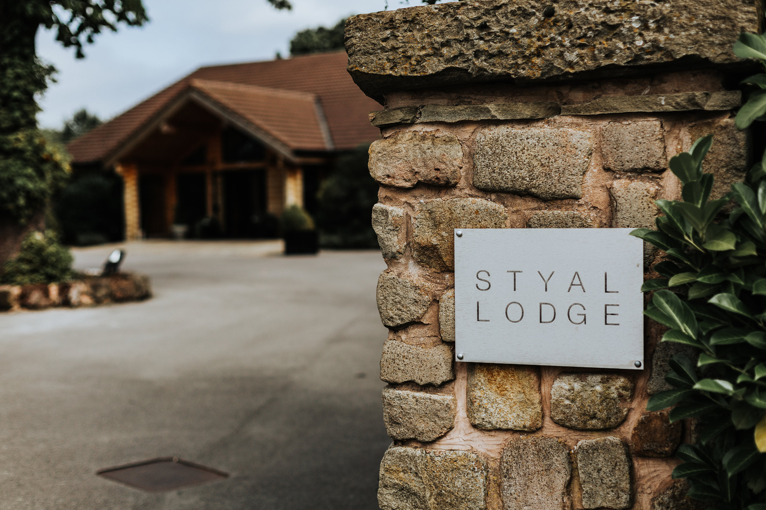 18_08_18_Rachel+Mike_Styal Lodge-133.JPG