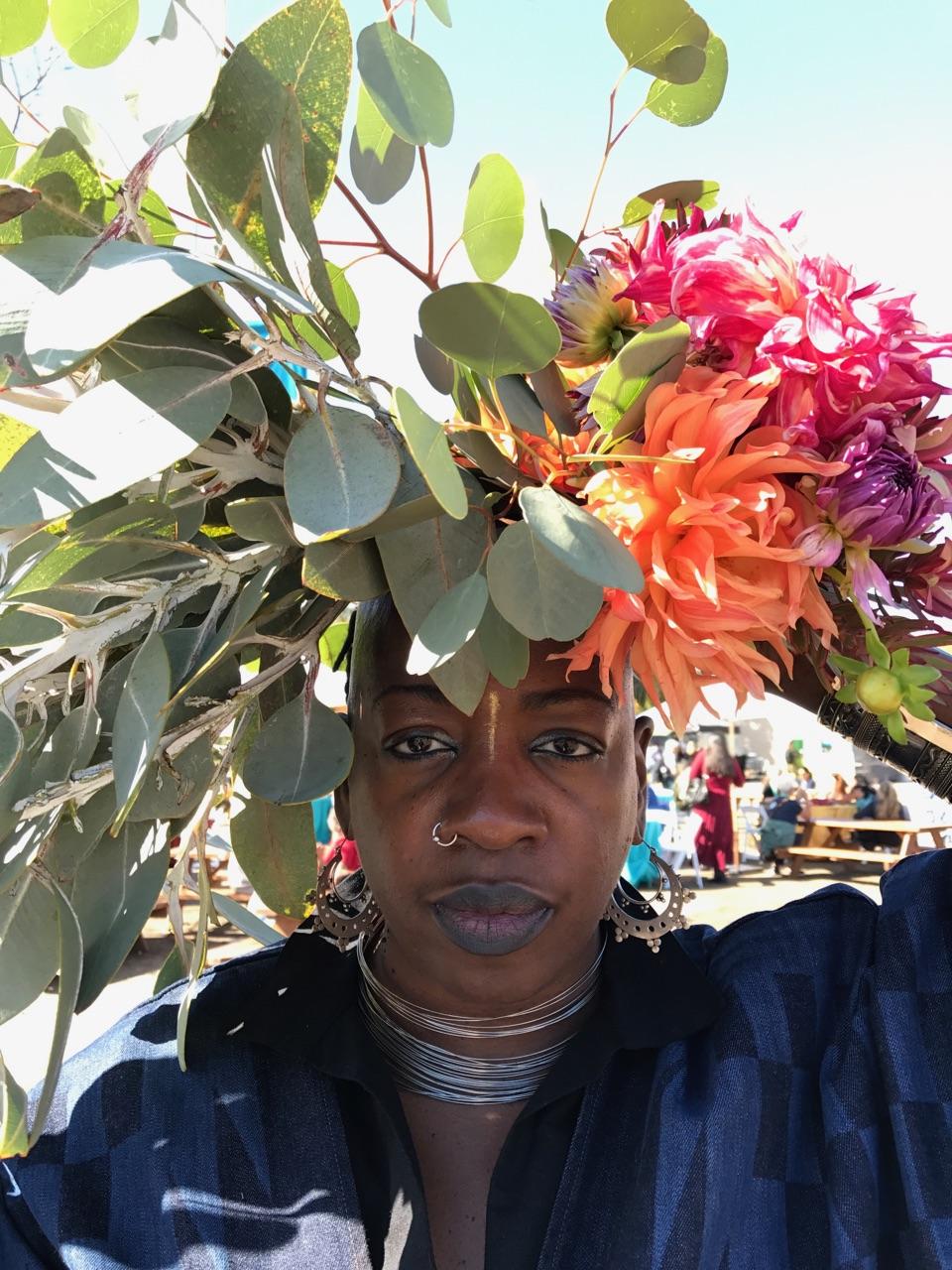 Ashara_flowers_headshot.JPG