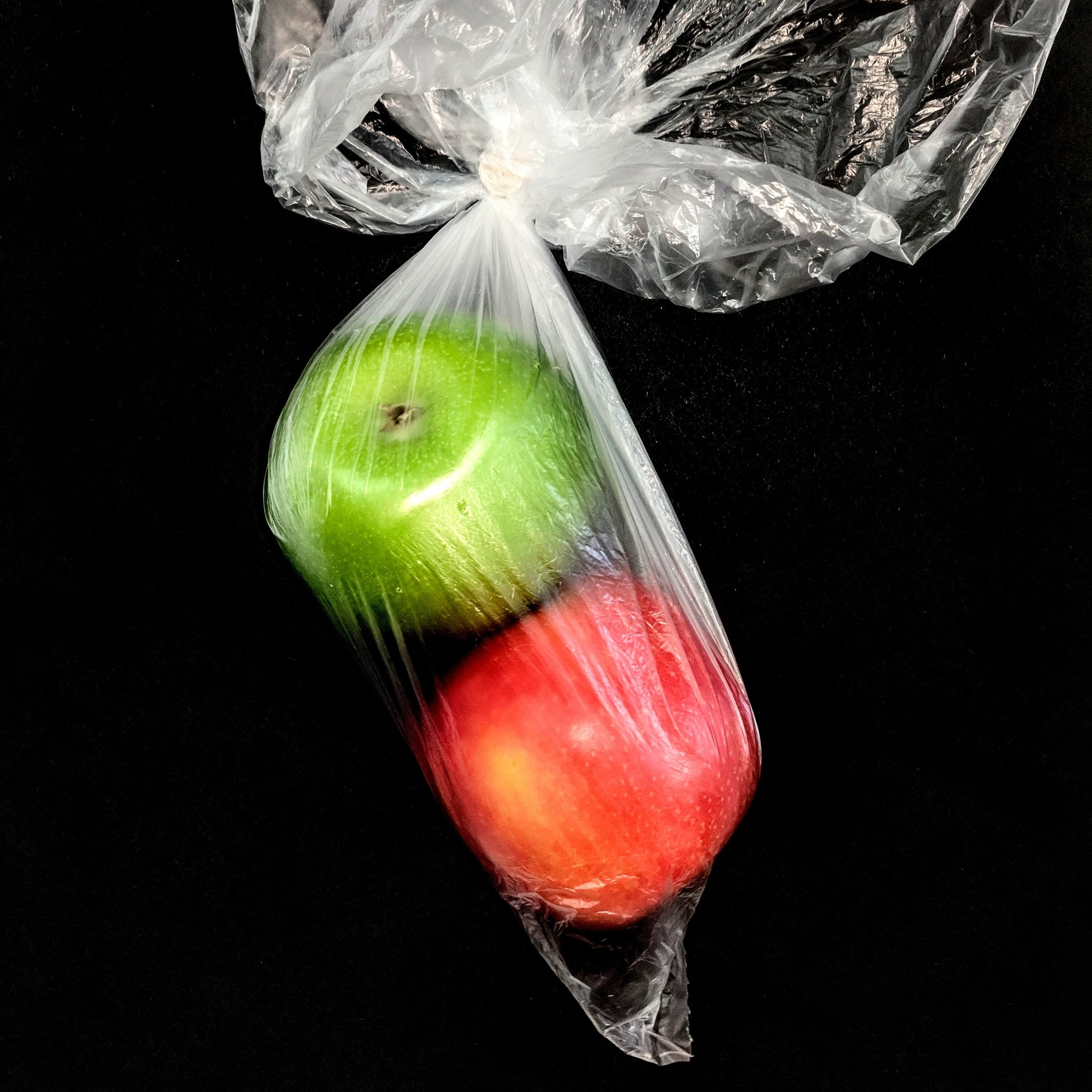 plastic%2Bpackage%2Bapple