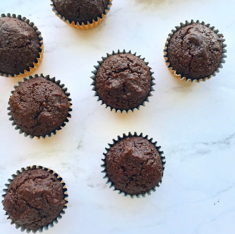 Brownie Bites - $48.00 per 2 dozenRemember those two bite brownies? These are the healthified version with the same great taste!As always, these are grain, gluten, refined sugar, dairy, soy, and junk free!Ingredients: almond flour, coconut sugar, cocoa powder, eggs, coconut oil, baking powder, pink Himalayan salt