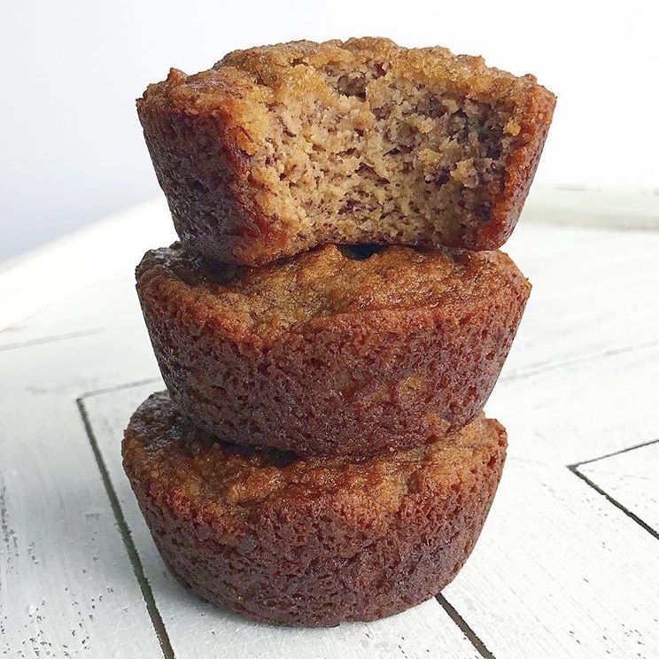 BANANA BREAD MUFFINS - $48.00 per dozenThese banana bread muffins are moist and delicious! Our best seller. Perfect for breakfast or an afternoon snack.As always, these are grain, gluten, refined sugar, dairy, soy, and junk free!Ingredients: bananas, almond flour, coconut flour, eggs, maple syrup, coconut oil, cinnamon, baking soda, baking powder, pink Himalayan salt