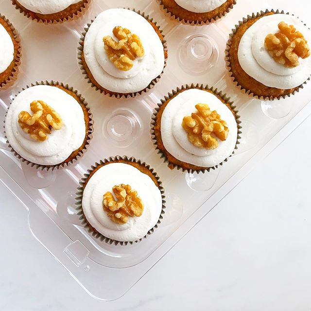 Our carrot cake cupcakes are the perfect grain-free dessert for your Passover or Easter table. 🥕Wishing you all a wonderful Spring weekend! ⠀⠀⠀⠀⠀⠀⠀⠀⠀ ⠀⠀⠀⠀⠀⠀⠀⠀⠀ ⠀⠀⠀⠀⠀⠀⠀⠀⠀ #paleo #grainfree #glutenfree #refinedsugarfree #dairyfree #vegan #easter #passover #pesach #spring #carrotcake #cupcakes #dessert #healthy #celiac #vegannyc #nycvegan #nyc #newyork #lowcarb #antiinflammatory #cleaneating #cleaneats #glutenfreenyc #glutenfreevegan #paleodessert #paleobakery #paleonyc #cleansweets #ketofriendly