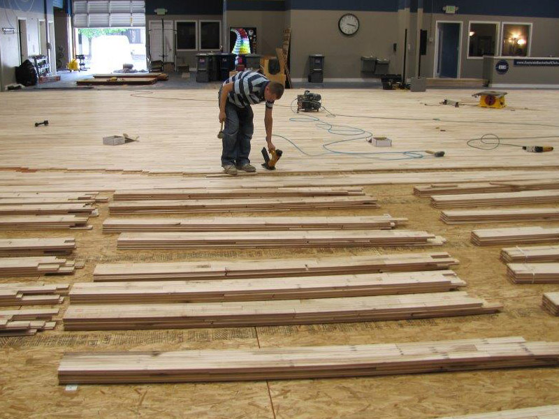 gym-floor-installing-1.jpg