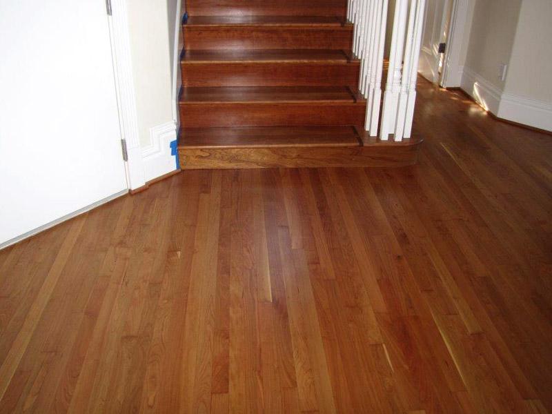 red-oak-entry-stairs.jpg