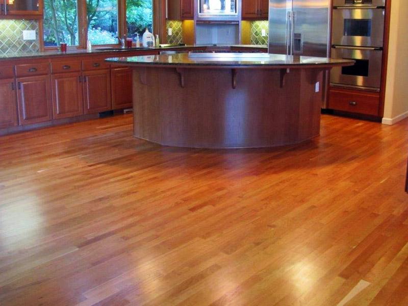 red-oak-kitchen-floor.jpg
