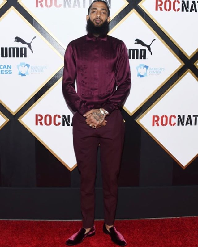 "To All Fallen, Current, Rising, & Future RevolUtionaries 👁 if you stand for pushing positivity 🔋, vegan life 🌱, protecting the hood 🏚, entrepreneurship 💡💰, & living for your people 🖤. •••••••••••••••••••••••••••••••••••••••••••••••••••••We do not need more leaders. We need everyone to be like Nipsey Hussle to lead themselves to be the positive change they want to see in this world. •••••••••••••••••••••••••••••••• We need to protect his legacy. ✊🏿✊🏾✊🏽✊🏼✊🏻 •••••••••••••••••••••••••••••••••••••••••••••••••••••• We need to consume a more LIVING diet🥗, invest in ourselves 💰, improve the ""projects"" 🏘, support all of our people🌍 & LOVE not HATE 🛠 •••••••••••••••••••••••••••••••••••••••••••••••••••••• The RevolUtionary Community is with you, your family, and friends. RIP🙏🏾 #nipseyhussle"
