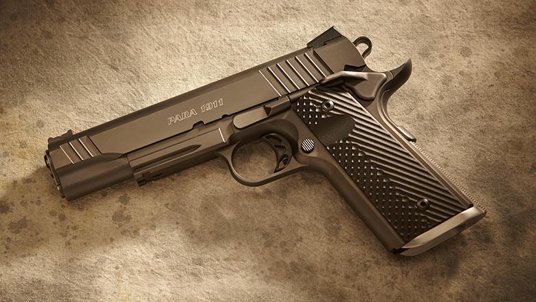 student-courses-pistol-02.jpg