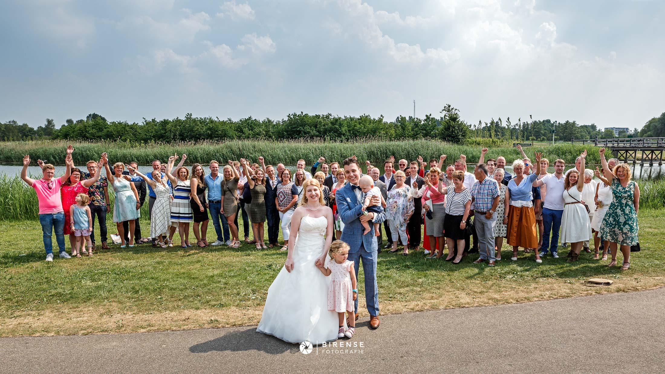 Trouwen Leidsche Rijn Utrecht Vleuten groepsfoto familieportret trouwfotograaf Birense Fotografie (1 van 1).jpg