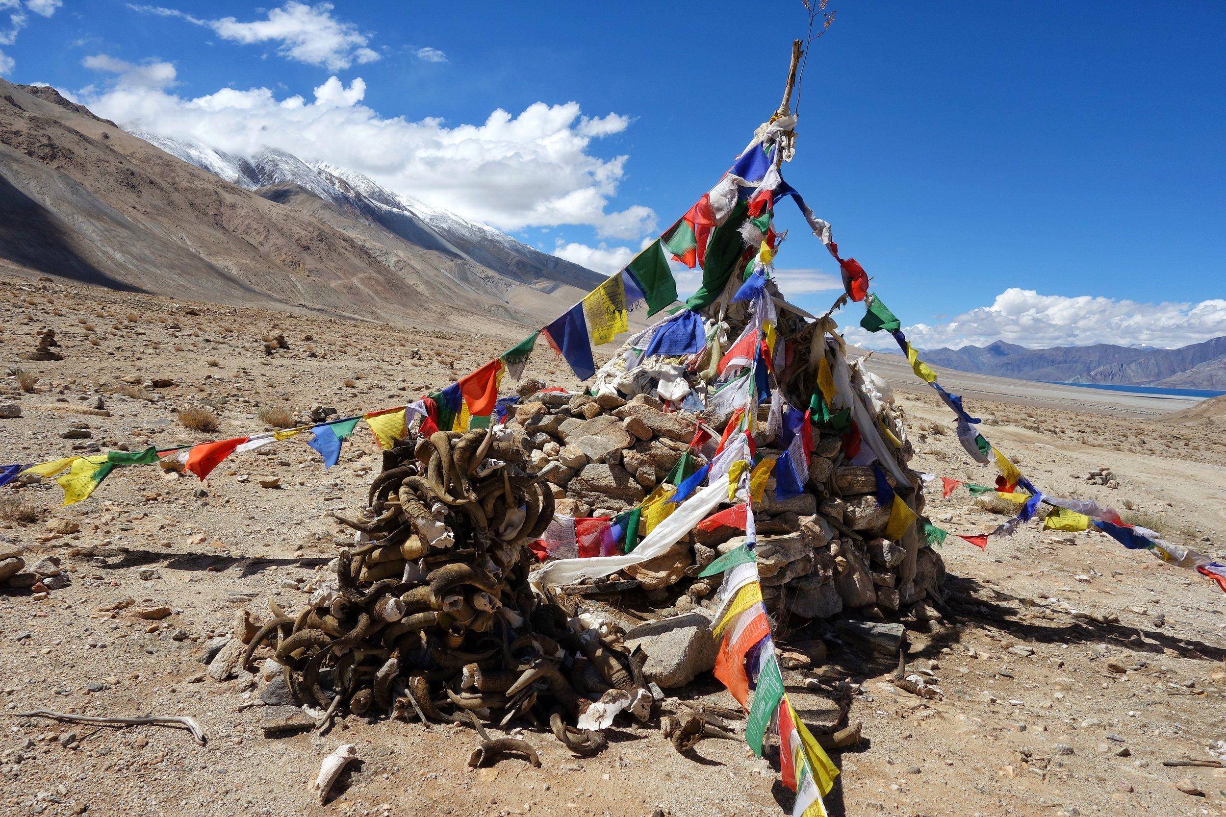 changthang-prayer-flags-chusul