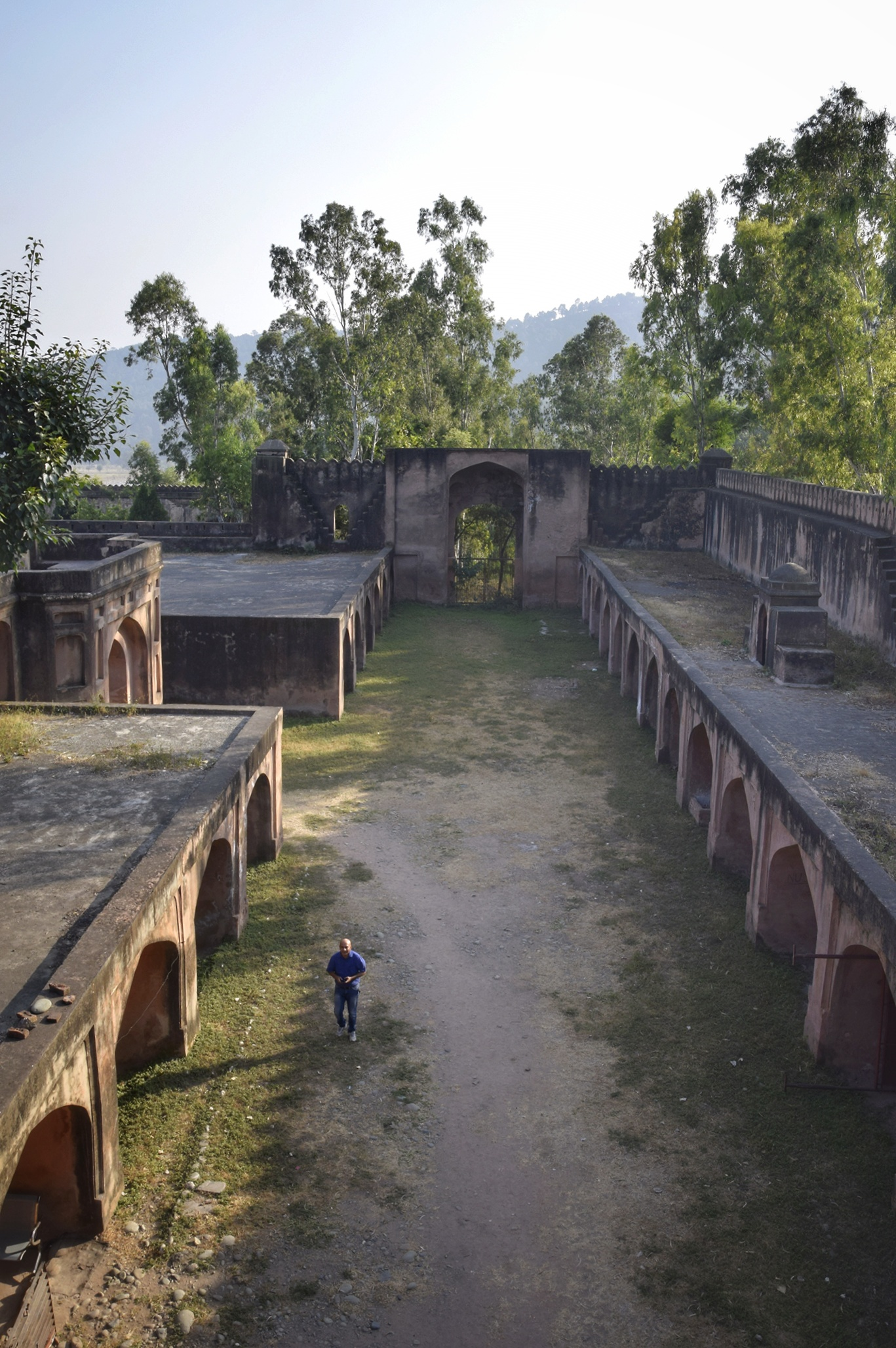 Inside the Chingus Sarai / Fort