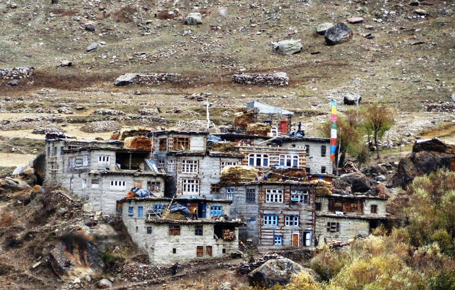 Sumcham, the last Village on the trail that leads to the Hagshu La and into Zanskar