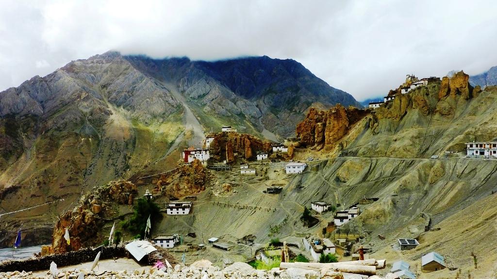 dhakar-gompa-village