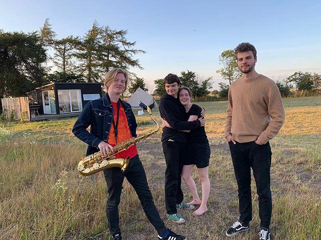 We're getting the band back together!⠀ ⠀ #gramsgård #gramsgard #visitskåne #visitösterlen #österlen #visitsweden #simrishamn #balticsea #summerinsweden #weregettingthebandbacktogether