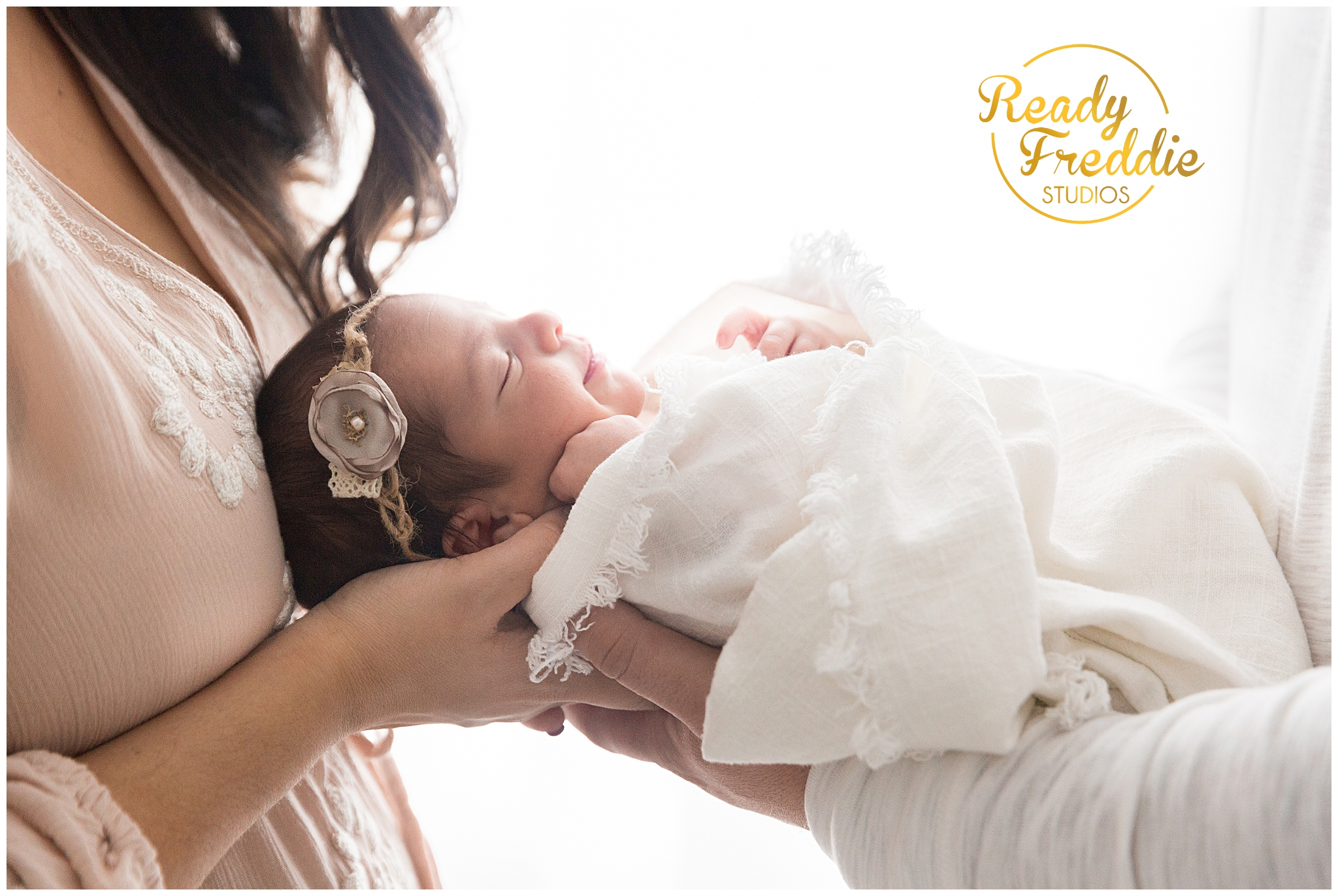 newborn photographer miami florida