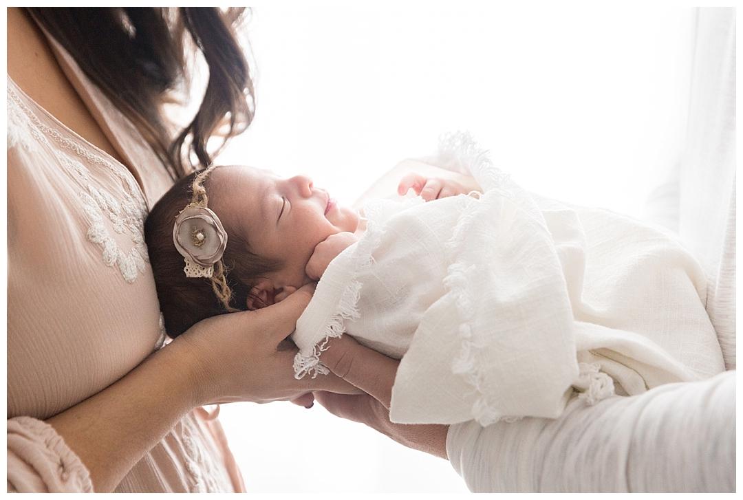 newborn posing | newborn photographer in miami fl