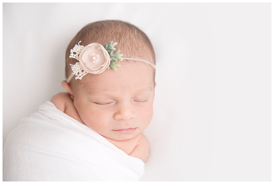 newborn baby poses | best newborn photographer in miami fl