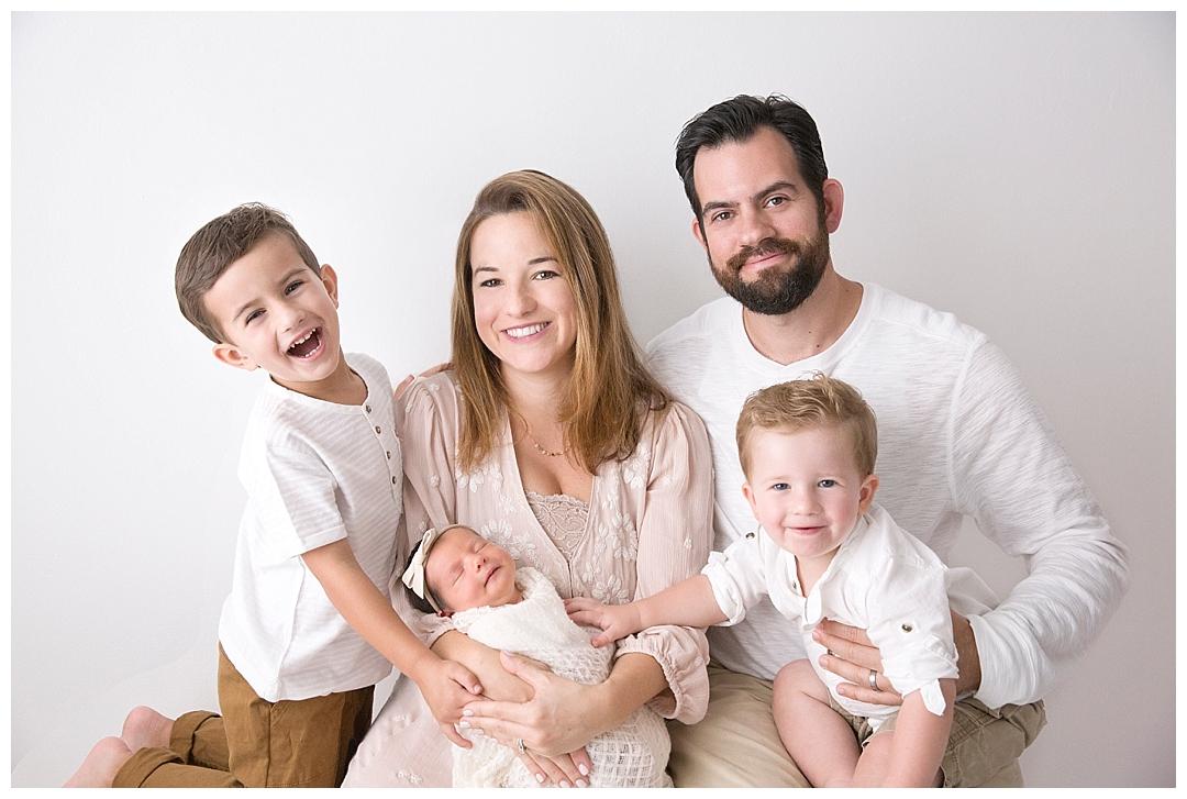family of 5 newborn session | newborn photographer in miami fl