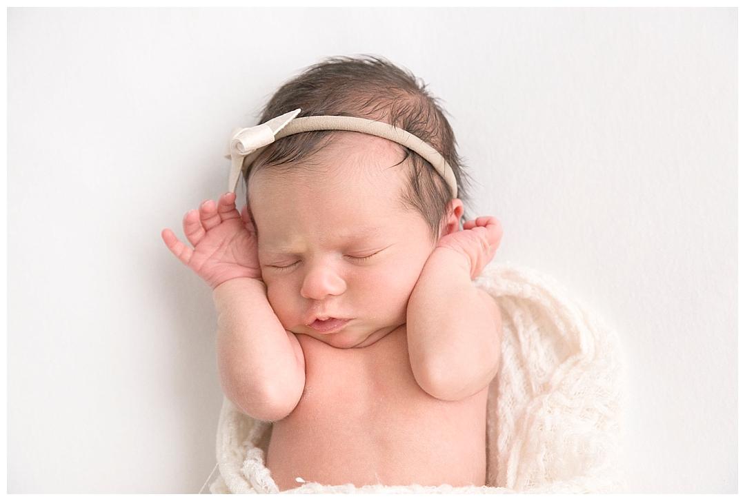 newborn stretching | miami newborn photography session