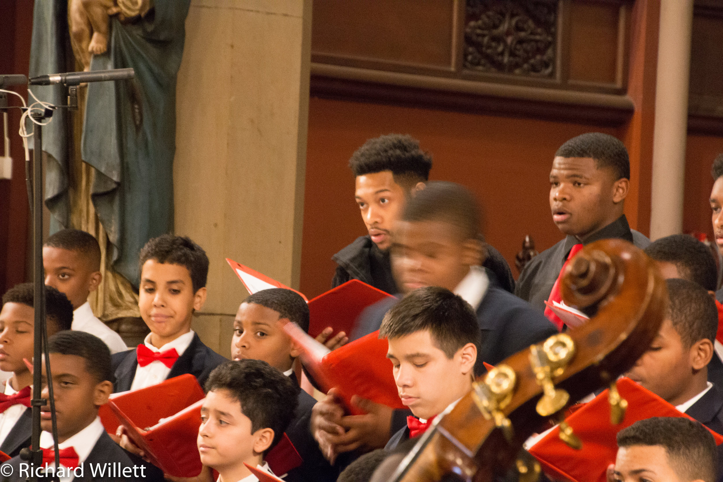 Holiday Concert-2018-19.jpg