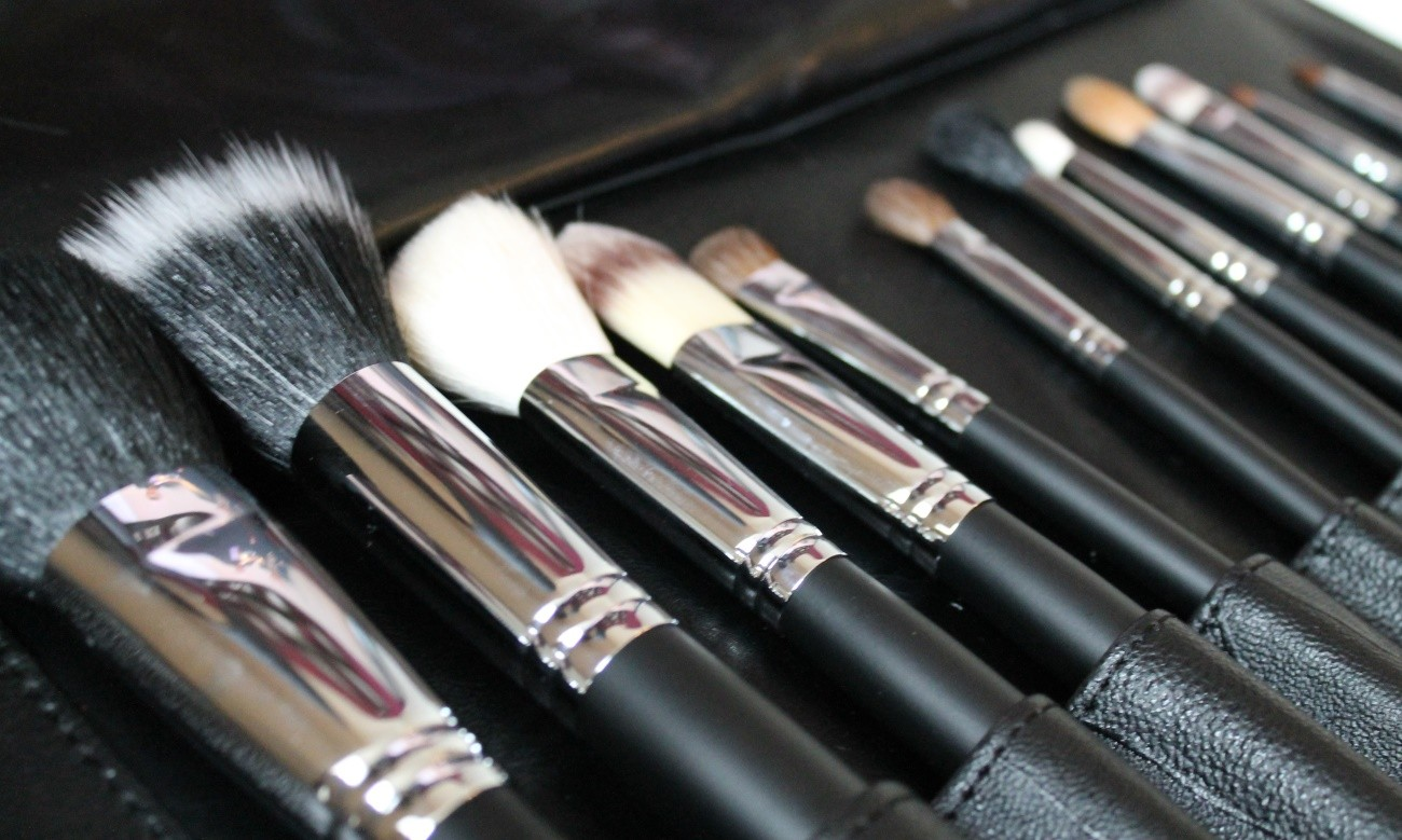 makeup-brushes.jpg