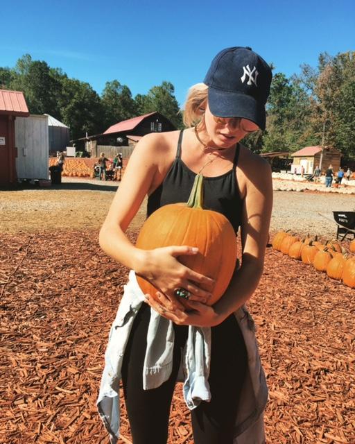 pumpkin-athleta-activewear.jpg